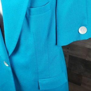Oleg Cassini Jackets & Coats - Oleg Cassini short Sleeved  blue blazer sz 14